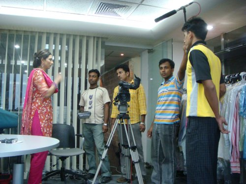 Mushu Rahman talk show shoot inside Garments factory office, in exchange she tracked down the Red Room newsreader
